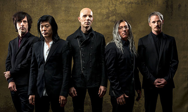 A Perfect Circle sort un clip pour la chanson So Long, And Thanks For All The Fish