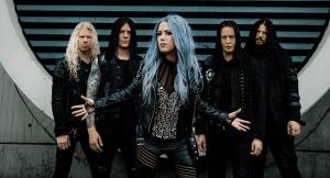 arch-enemy-sort-un-clip-pour-sa-chanson-reason-to-believe