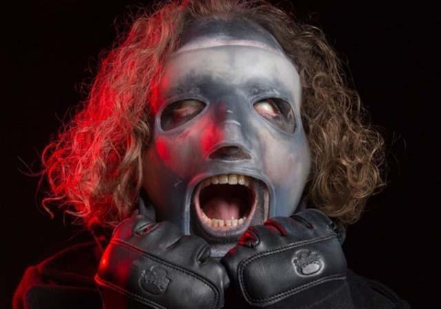 Corey Taylor de Slipknot s'exprime sur son nouveau masque qui divise les fans