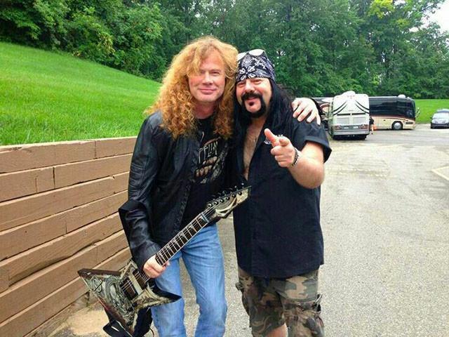 Dave Mustaine a failli engager Dimebag Darrell et Vinnie Paul pour Megadeth en 1988