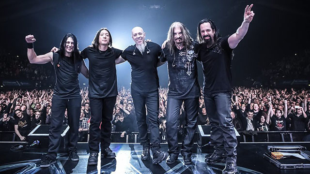 Dream Theater publie un nouveau single du nom de Paralyzed pour Distance Over Time