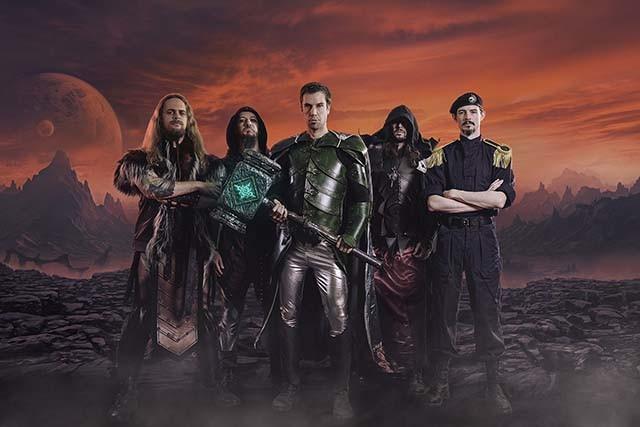 Gloryhammer sort une lyric vidéo pour la chanson Masters Of The Galaxy