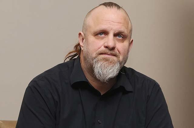 """M. Shawn """"Clown"""" Crahan de Slipknot annonce le décès de sa plus jeune fille Gabrielle"""
