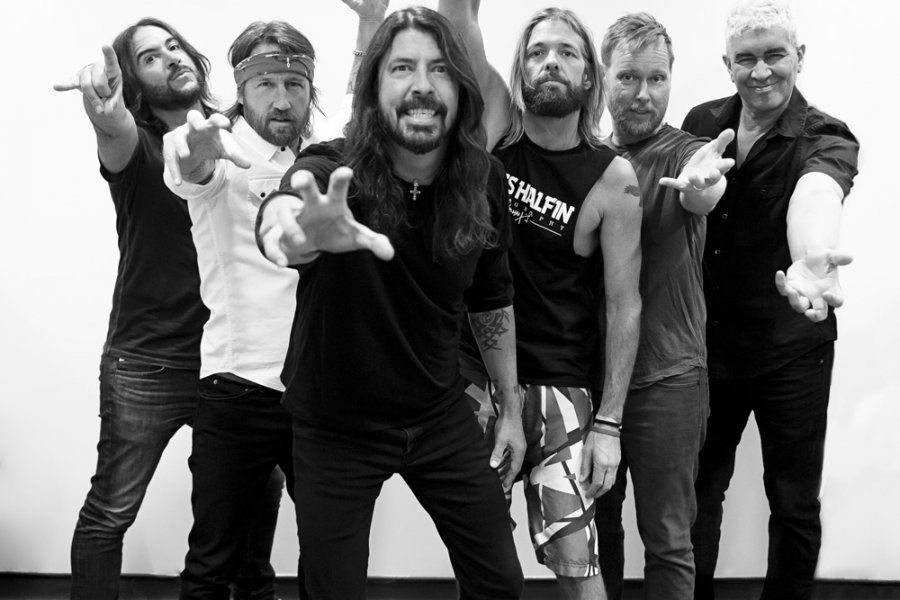 MetalZone-Foo-Fighters-New-Live-Ep