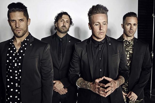 Vidéo live de Papa Roach pour sa chanson Not The Only One
