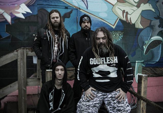 Soulfly sort une lyric vidéo pour la chanson Under Rapture issue de l'album Ritual