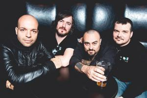 torche-sort-un-nouveau-single-intitule-times-missing