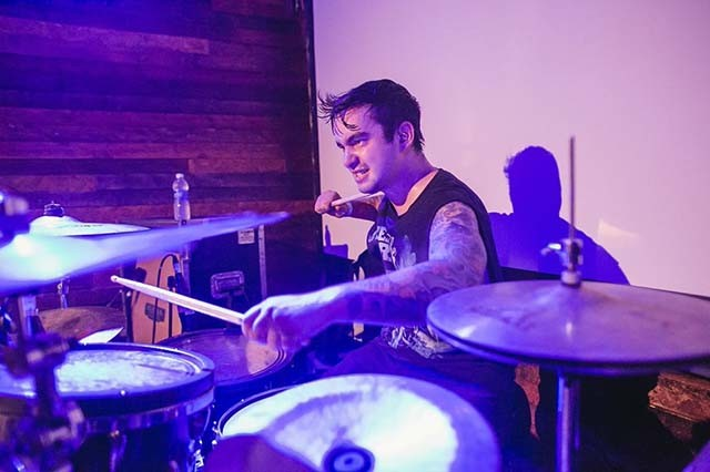 Vic Firth dévoile un playthrough de Valhalla par Alex Ballew (Erra)