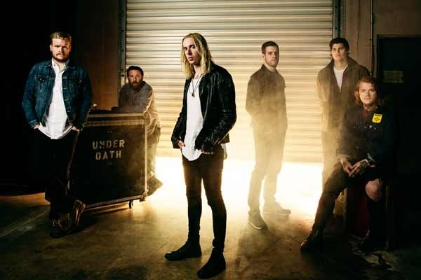 Underoath partage une version acoustique de A Boy Brushed Red Living In Black And White