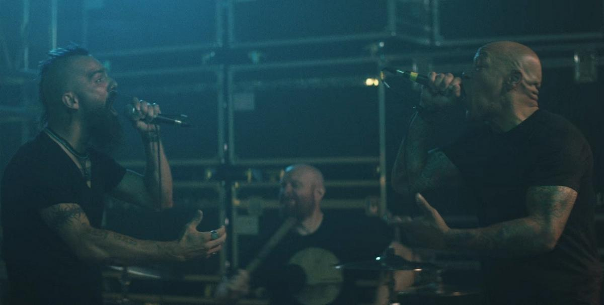 Killswitch Engage sort le clip vidéo de The Signal Fire avec Howard Jones