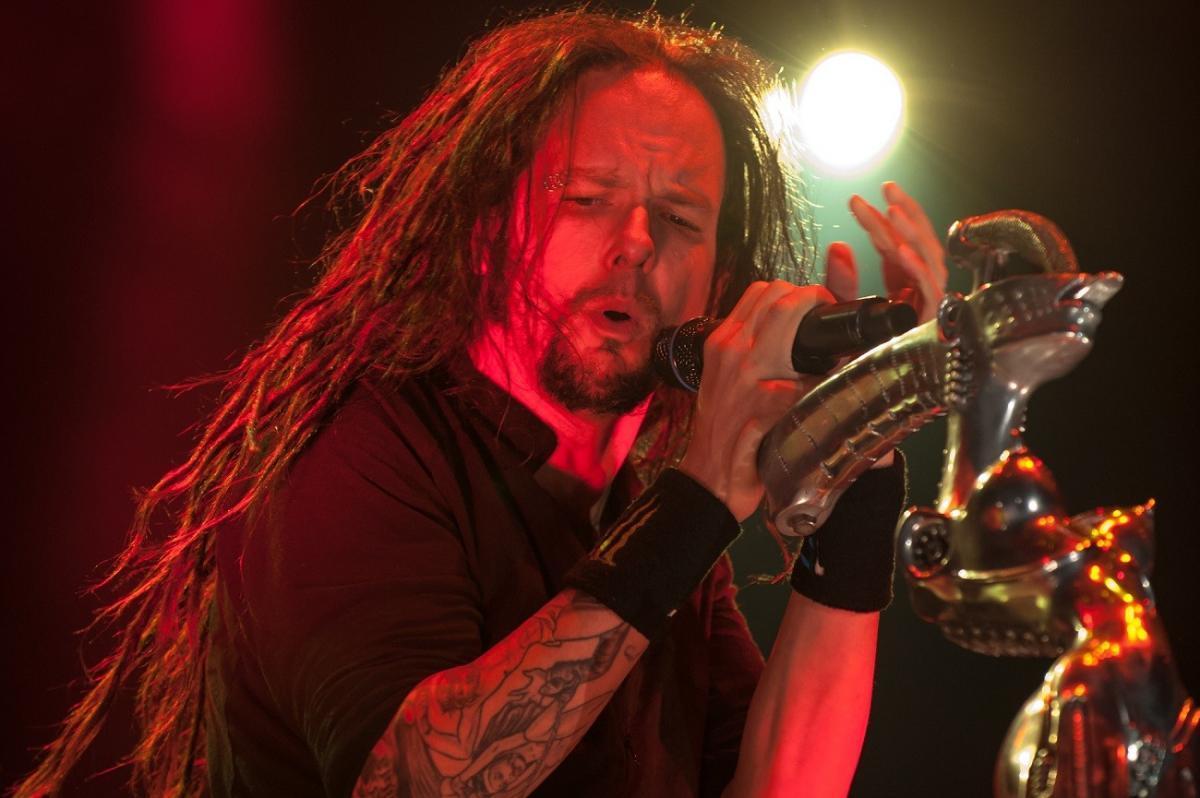 """Jonathan Davis de Korn parle de la religion et de la foi de Brian """"Head"""" Welch"""