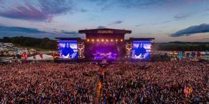 Le Download Festival UK 2020 dévoile les premiers groupes de sa programmation (System Of A Down, Iron Maiden, Kiss)