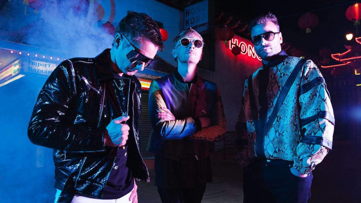 Muse célèbre le 20ème anniversaire de Showbiz avec le coffret Origin Of Muse