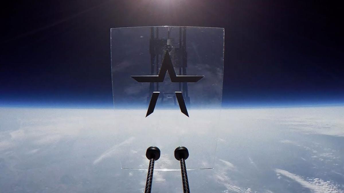 Starset partage un clip vidéo spatial pour Solstice
