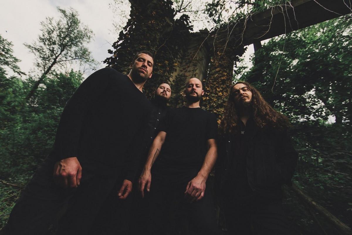 Moon Tooth signe chez Pure Noise Records, et sort un clip vidéo pour Through Ash