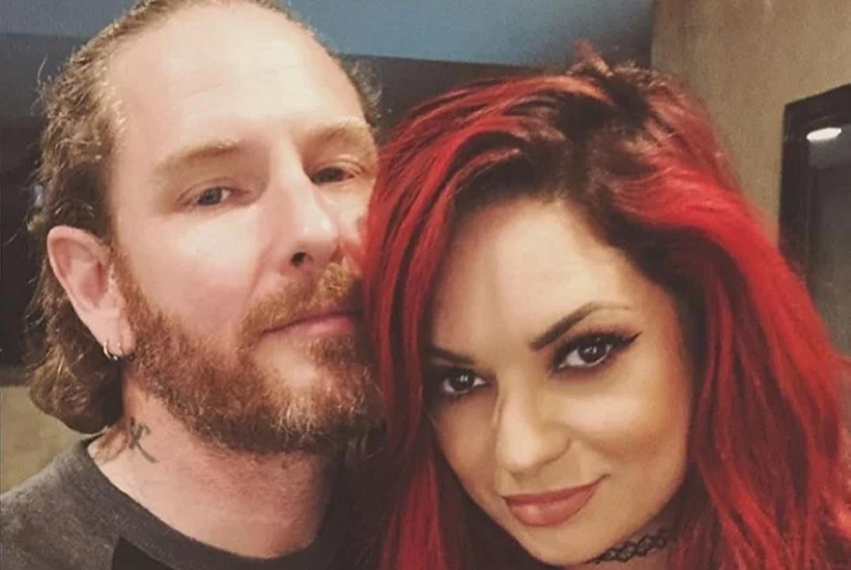 Corey Taylor de Slipknot et Alicia Dove se marient