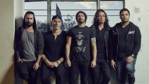 Periphery terminera sa tournée actuelle sans le guitariste Mark Holcomb en raison d'une affaire de famille