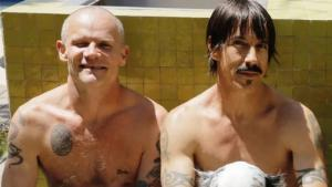 Flea de Red Hot Chili Peppers fait allusion à sa relation tumultueuse avec Anthony Kiedis