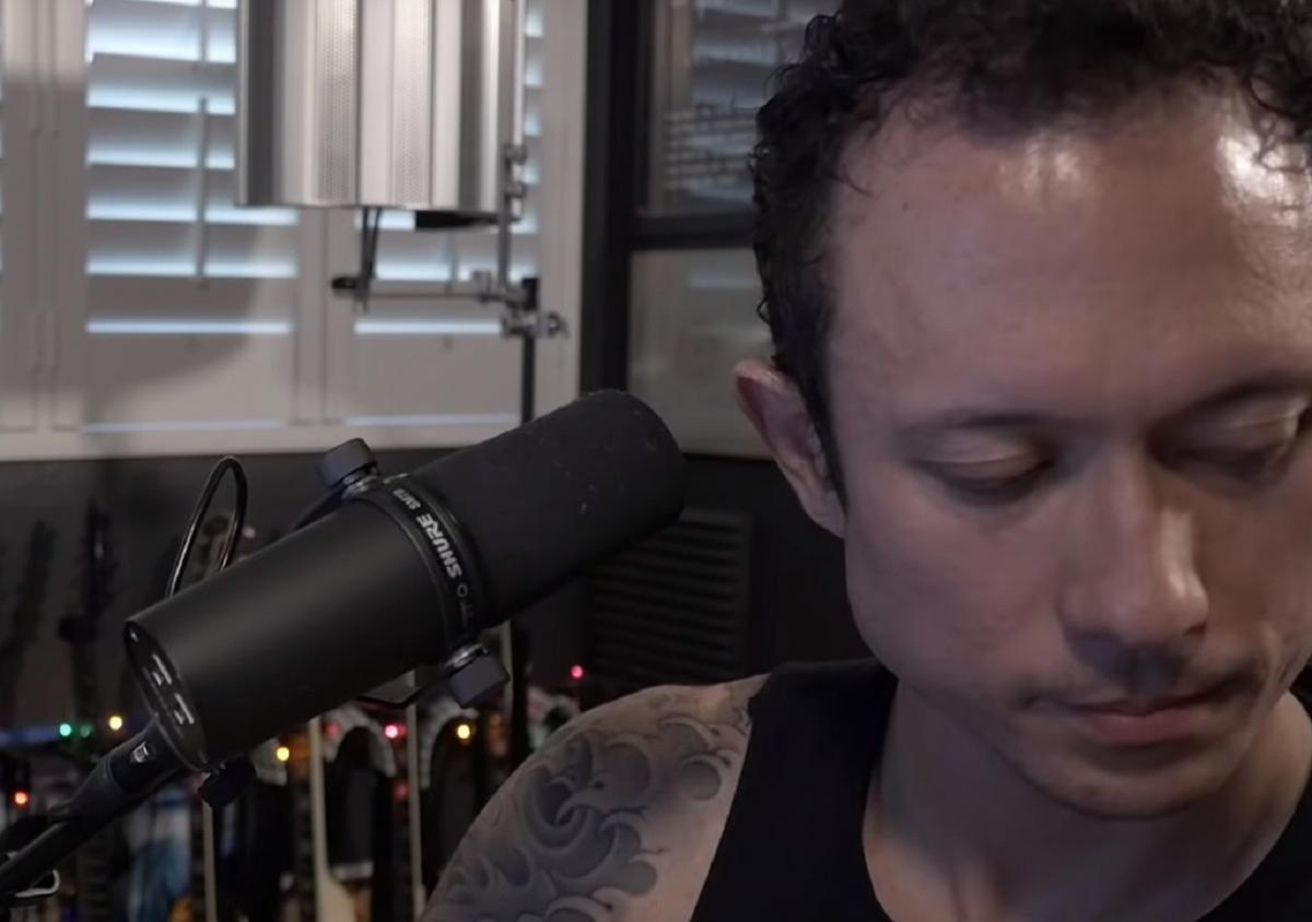 Regardez Matt Heafy de Trivium reprendre Crazy Train d'Ozzy Osbourne