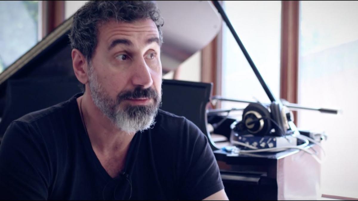 Serj Tankian de System Of A Down est partant pour que le groupe sorte de la musique inédite