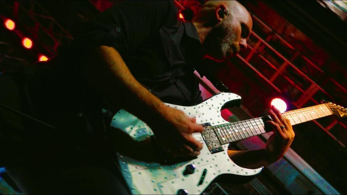 Stone Sour dévoile la vidéo live de Whiplash Pants