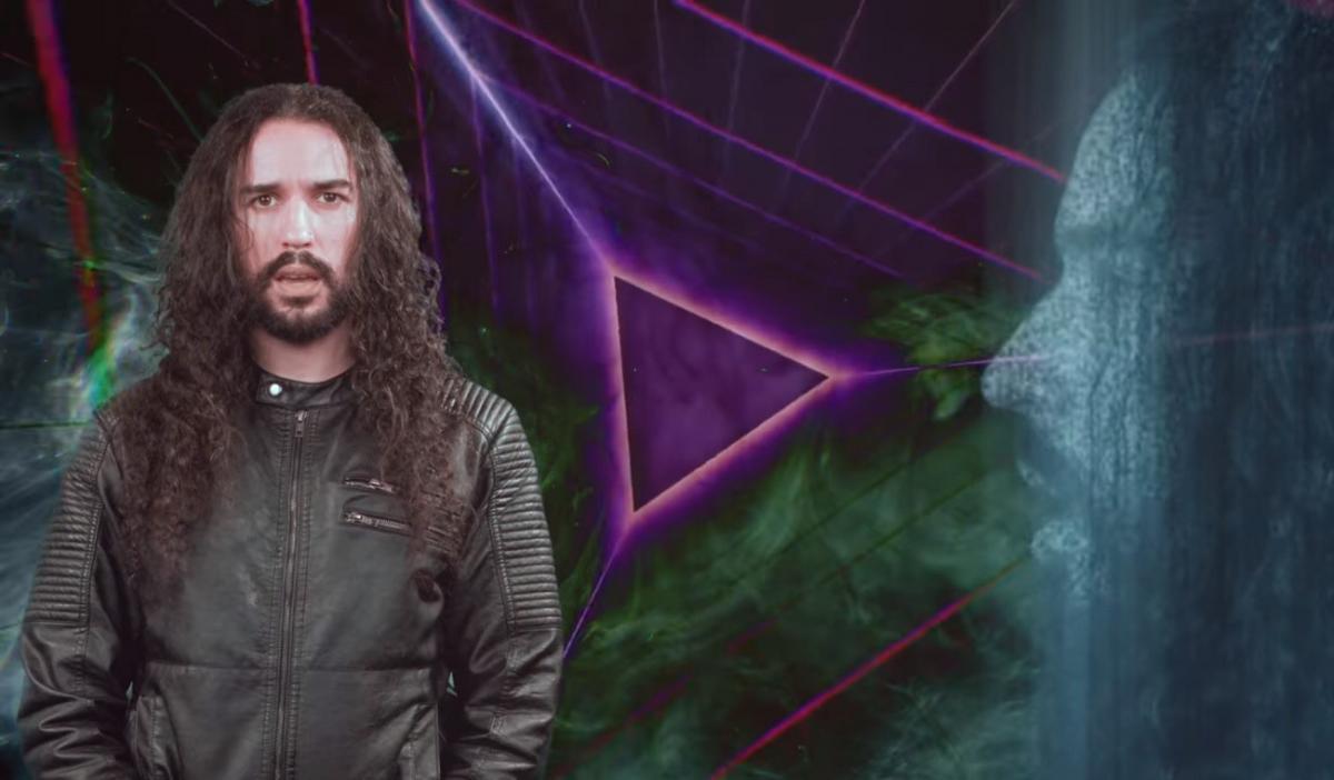 Ten Second Songs reprend Psychosocial de Slipknot dans le style de Kavinsky