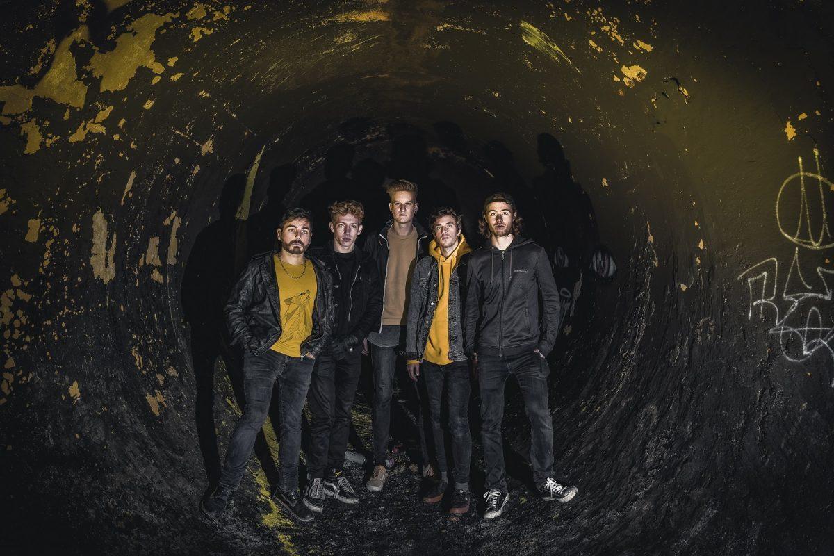 Le groupe de Metalcore français From Dusk To Dawn sort son nouvel EP intitulé Blooming
