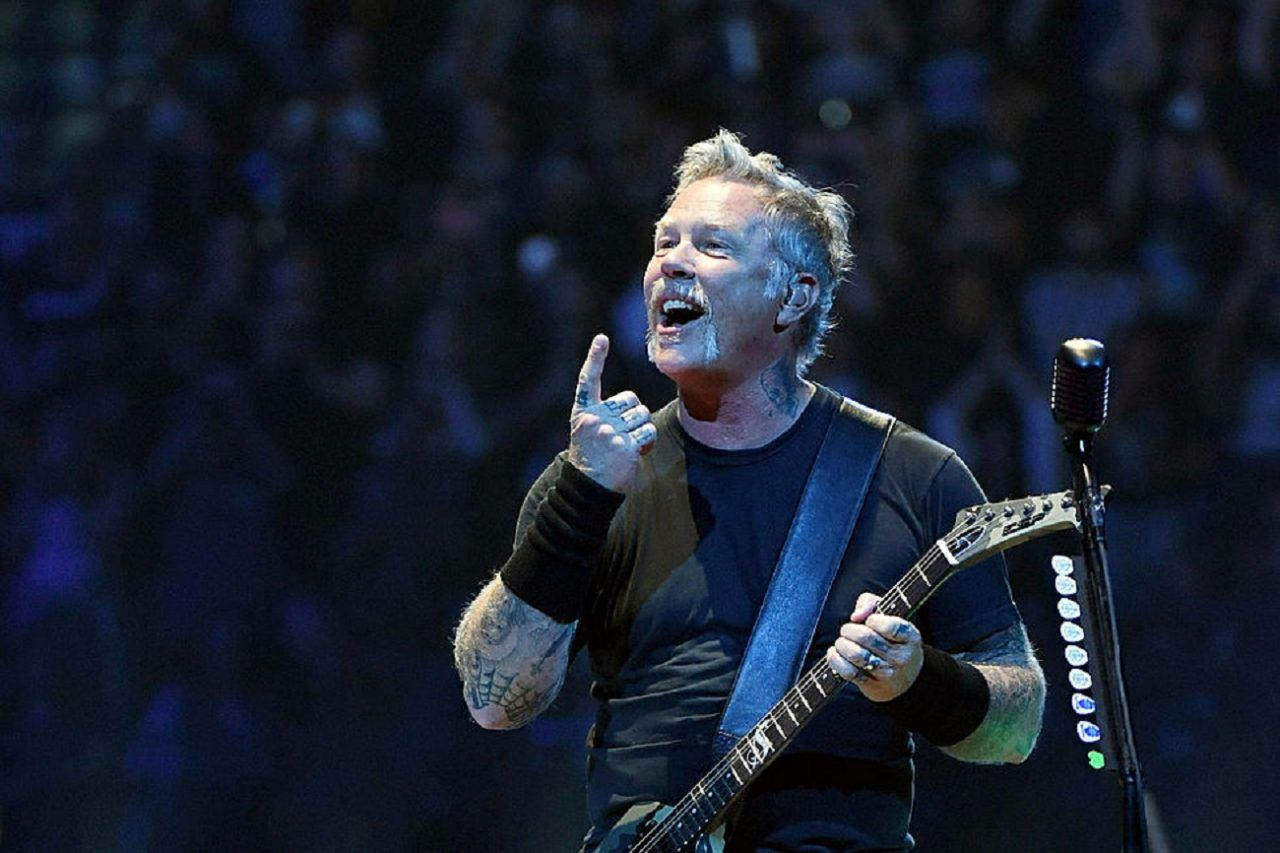Metallica se retire de certains festivals, James Hetfield doit poursuivre son traitement - MetalZone