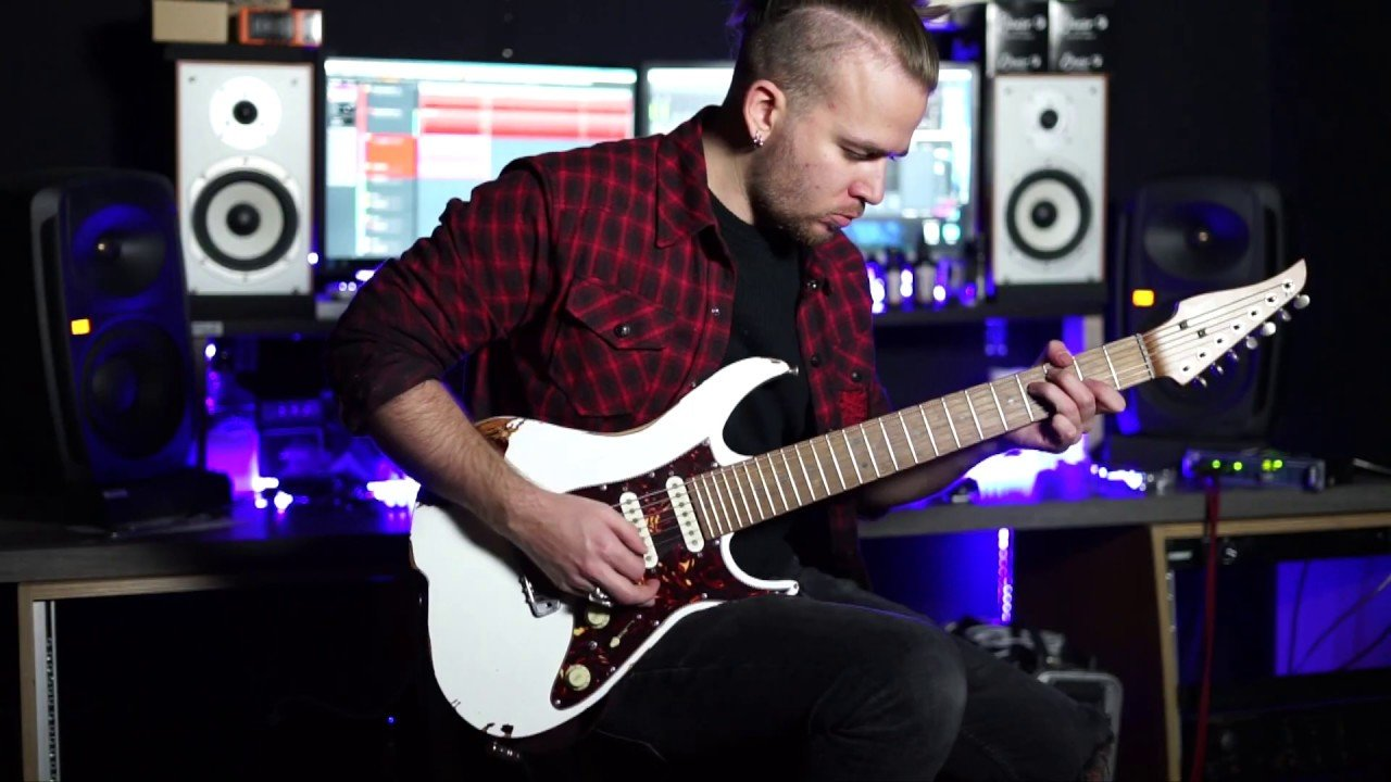 Kadinja partage un Guitar Playthrough de The Modern Rage