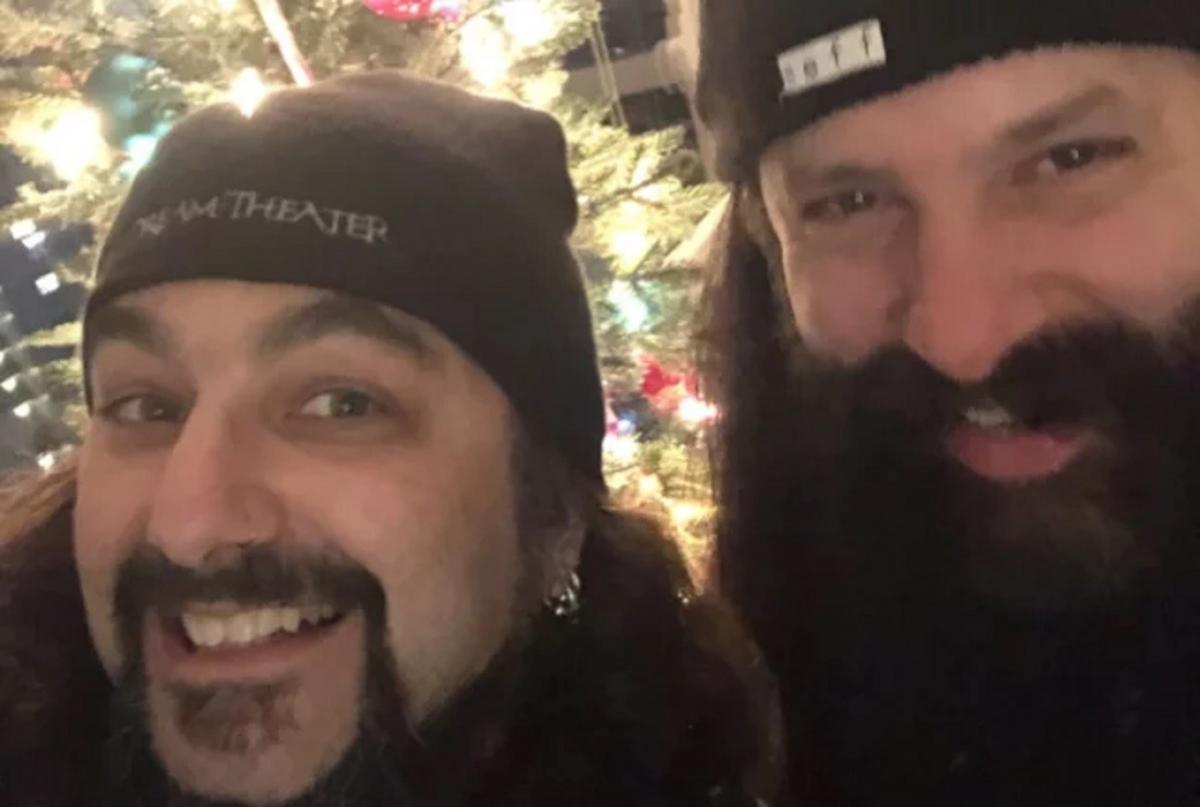 Mike Portnoy et John Petrucci aimeraient apparemment refaire de la musique ensemble