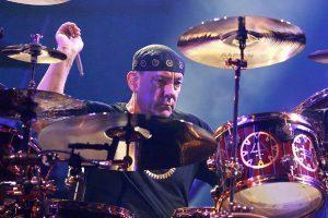 Neil Peart de Rush, le légendaire batteur de Rock, est décédé