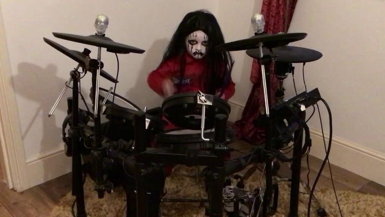 Slipknot : Regardez un enfant de 5 ans jouer Before I Forget à la batterie
