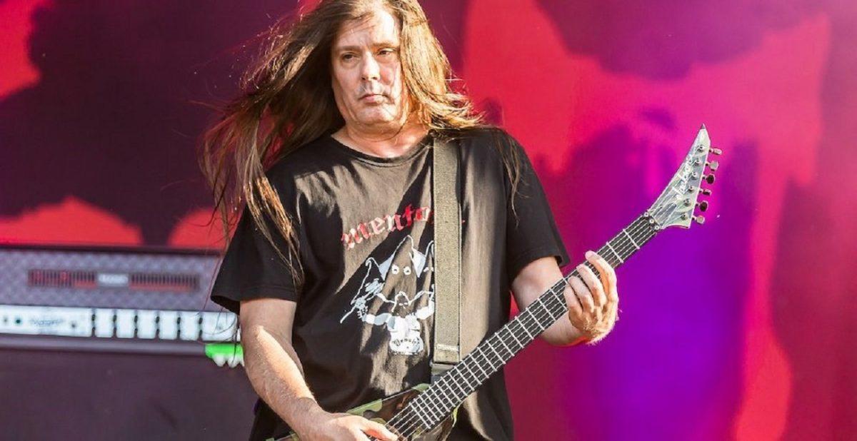 Le guitariste de Cannibal Corpse refait surface en ligne, et il a l'air en bonne santé !