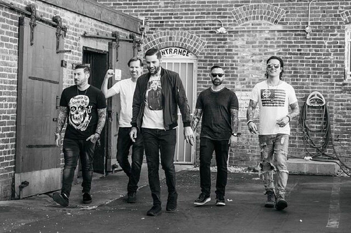 """Avenged Sevenfold rend hommage à Ennio Morricone : """"Il a été une influence constante tout au long de notre carrière"""""""