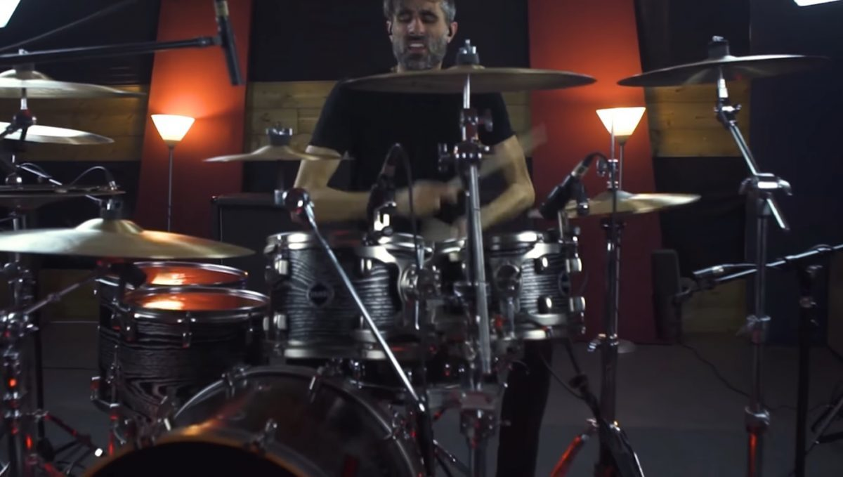 Betraying The Martyrs partage un Drum Playthrough pour sa chanson Imagine