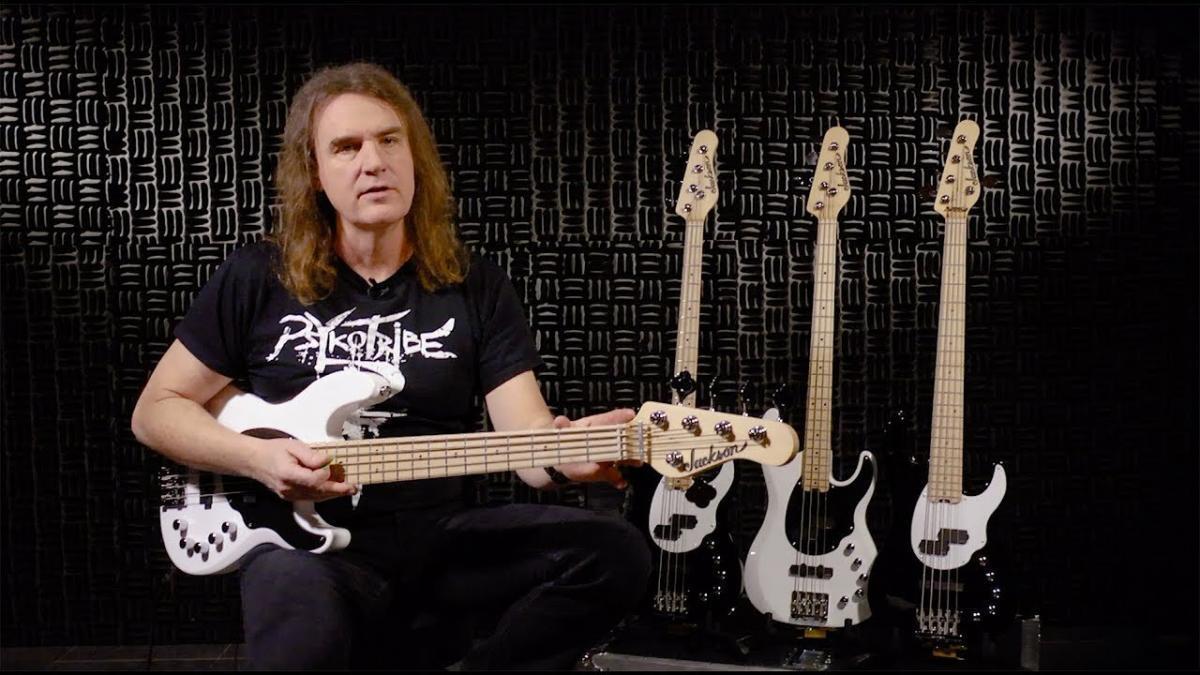 Plusieurs célèbres musiciens Metal & Rock vont offrir des leçons de musique gratuites aux jeunes isolés à cause du coronavirus
