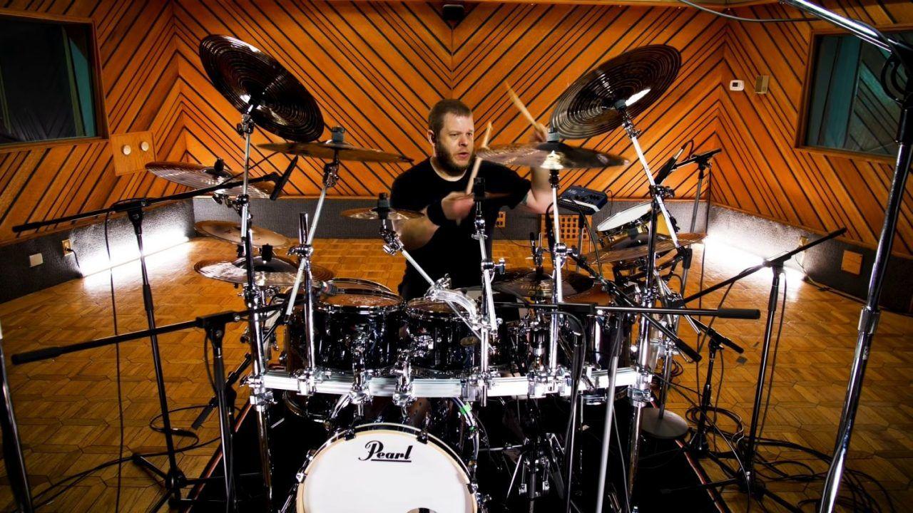 Regardez John Longstreth dominer sa batterie en jouant du Death Metal Technique (Vol. 2)