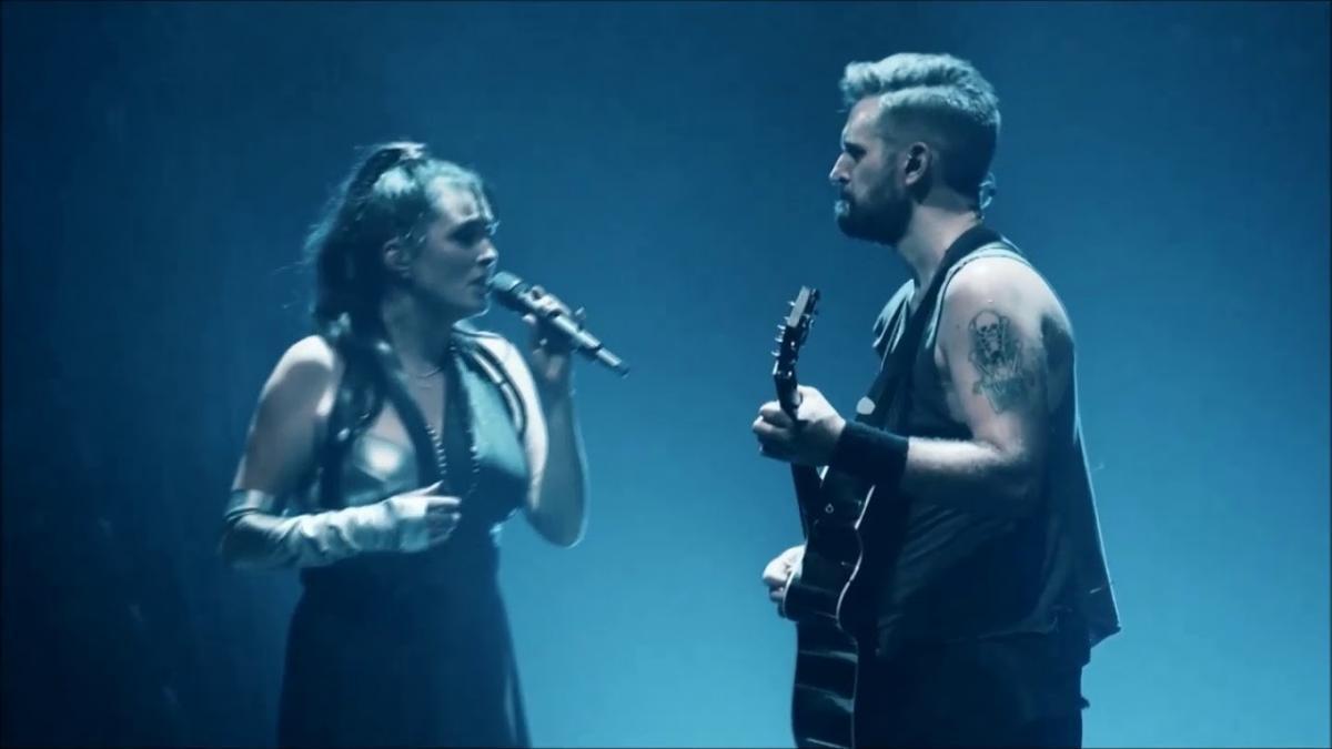Within Temptation joue un concert acoustique sur Instagram dans le cadre de la série #TogetherAtHome (vidéo)