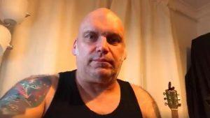 "Blaze Bayley (ex-Iron Maiden) : ""J'adore la voix de Bruce Dickinson"""