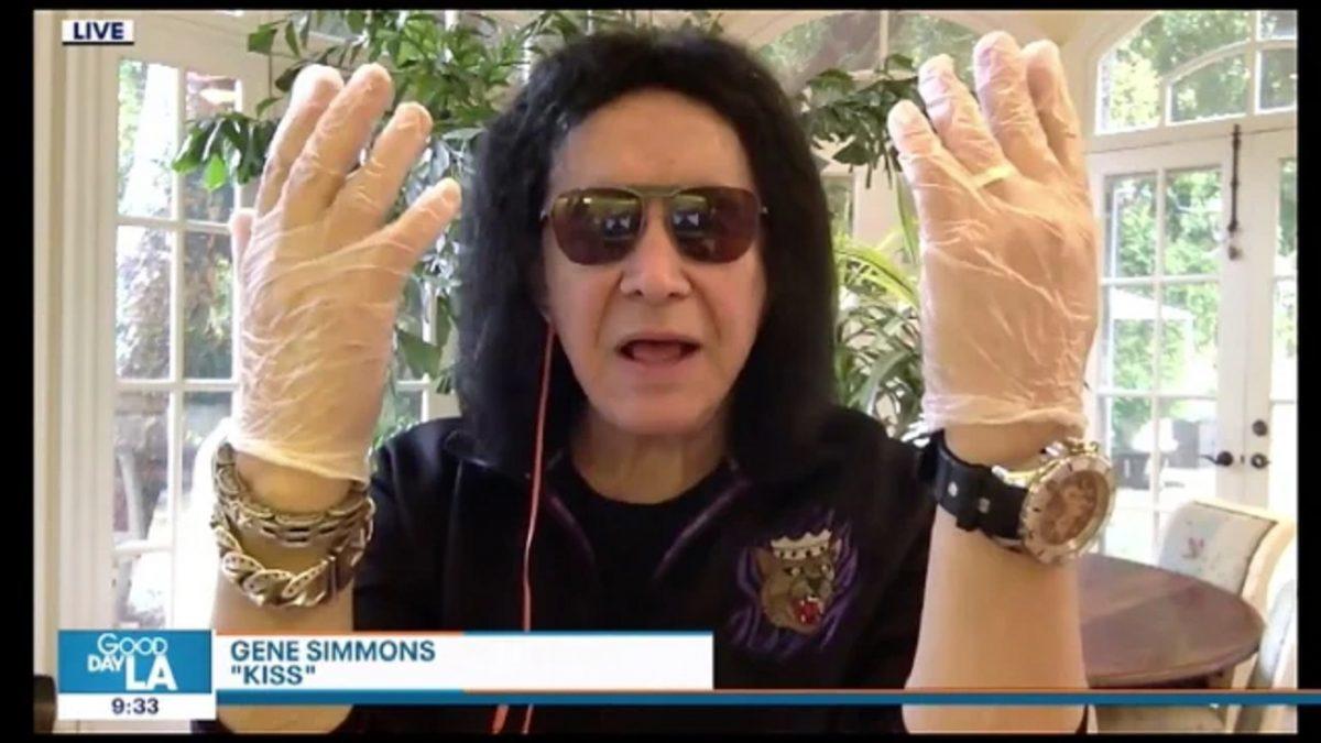 """Gene Simmons de Kiss affirme que l'industrie musicale a perdu des """"milliards de dollars"""" pendant la pandémie de coronavirus"""