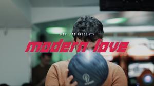 Le groupe de Rock français Hey Life sort un clip vidéo pour son nouveau single Modern Love