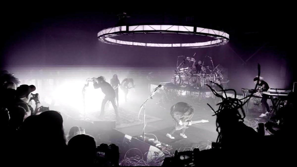 Regardez le concert spécial de Korn réalisé à la sortie de The Nothing !