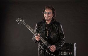 Tony Iommi de Black Sabbath met aux enchères des objets personnels pour lutter contre la pandémie de COVID-19