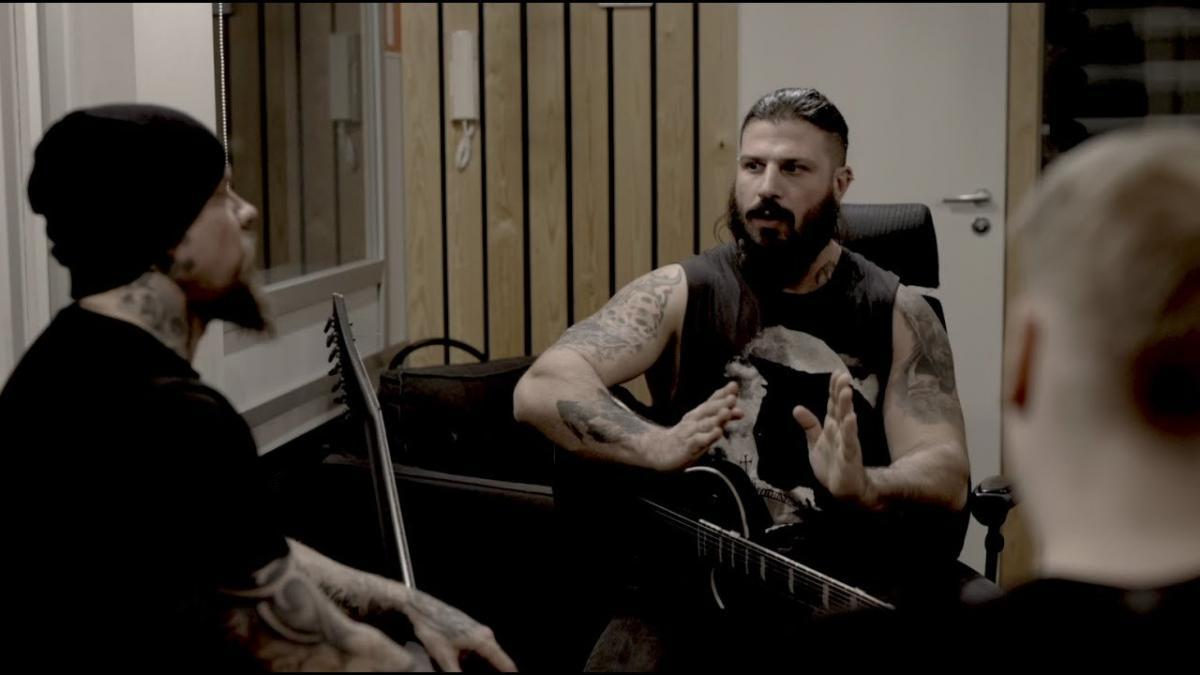 Wolfheart sort une nouvelle chanson, The Hammer