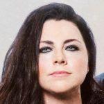 """Amy Lee de Evanescence réagit à la mort de George Floyd : """"Je suis en colère, horrifiée, et j'ai honte"""""""