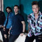 """Le prochain album de Papa Roach comprendra des chansons """"lourdes"""" et """"agressives"""" avec des """"riffs massifs et percutants"""""""