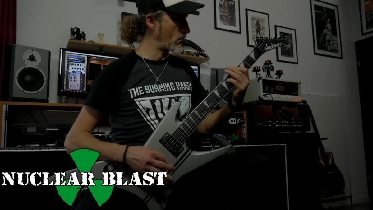 Regardez le guitariste de Vader jouer Bones