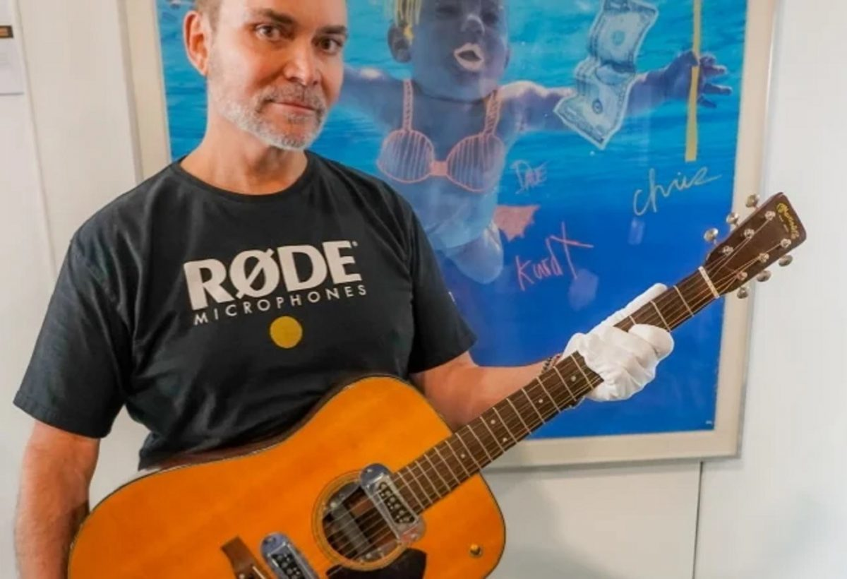 La guitare de Kurt Cobain adjugée à 6 millions de dollars — Enchères