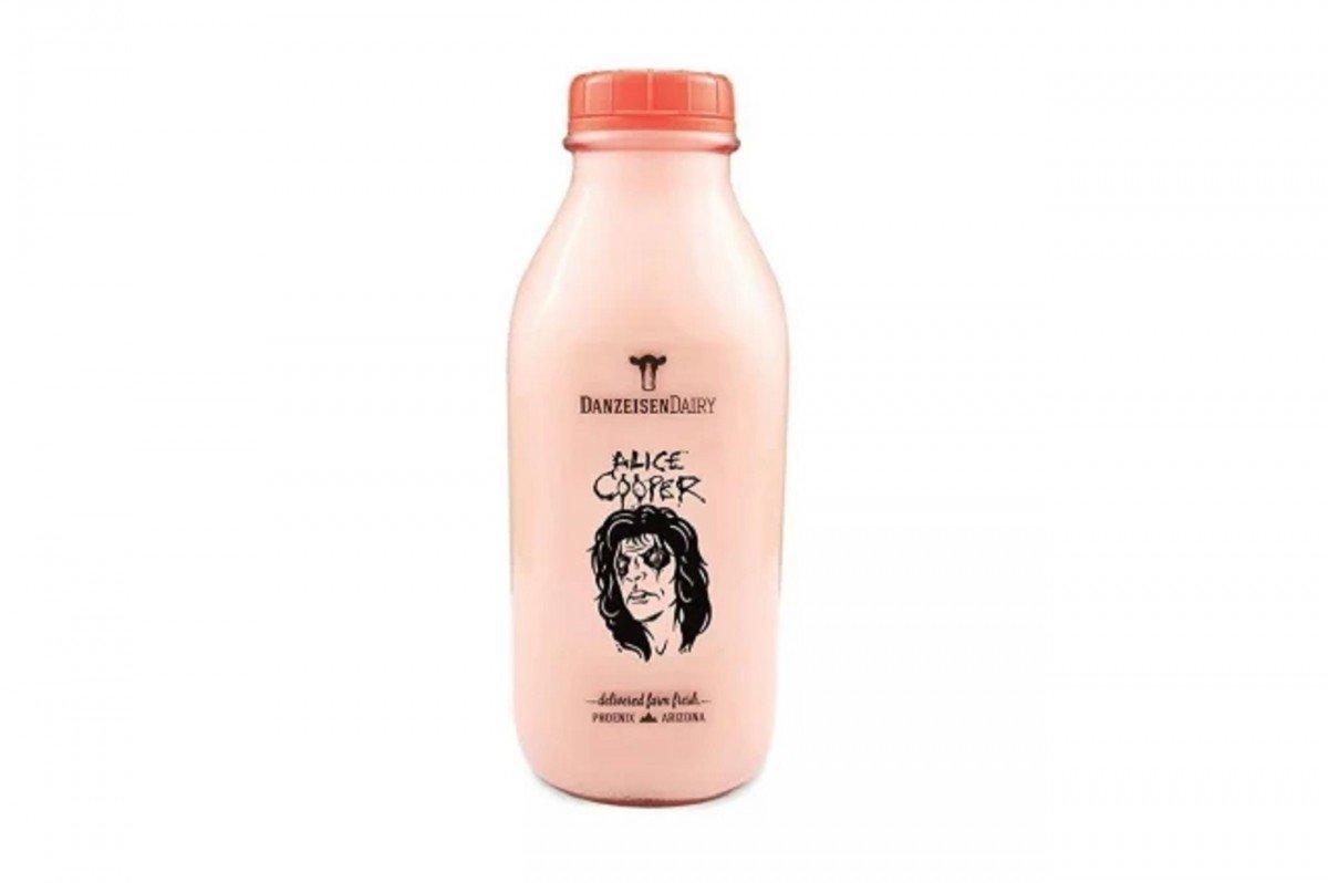 Alice Cooper annonce son propre lait chocolaté pour cet automne