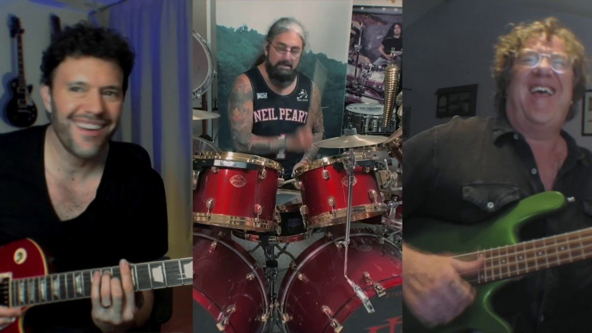 Mike Portnoy fait équipe avec Stu Hamm pour une reprise de YYZ de Rush (vidéo)